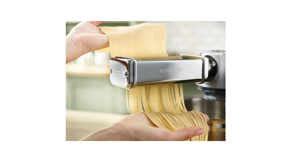 kenwood stand mixer attachment spaghetti pasta cutter 2mm feature 1